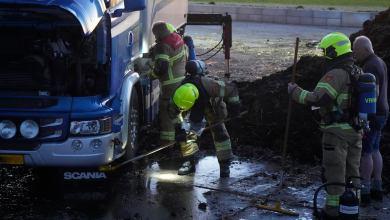 Photo of Vrachtwagencombinatie in brand bij mestoverslag
