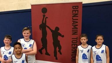 Photo of Benjaminteams aan elkaar gewaagd