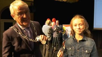 Photo of Lotte (10) gekozen tot kinderburgemeester (video)