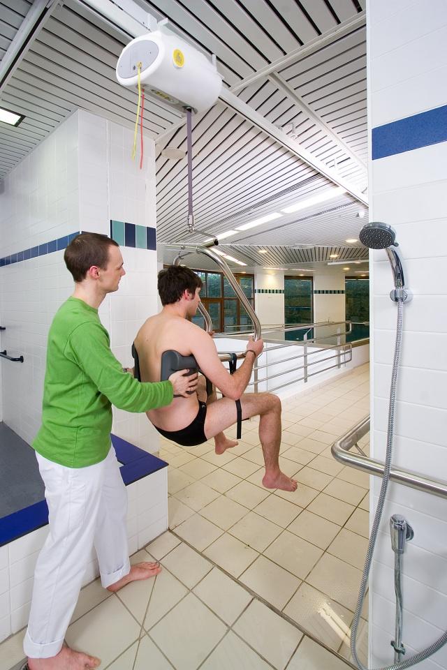 Deckenlifter fr Schwimmbad