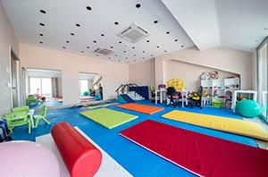 Rehabilitering av spastiska och ryggmärgsskadade barn rehabresor turkiet