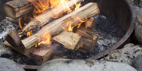 small resolution of how to build a campfire