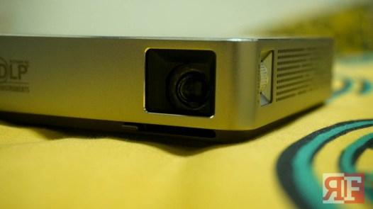 asus-s1-projector-6-of-10