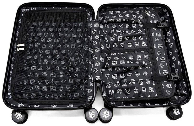 monster hunter world luggage 4