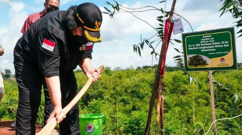 Menteri LHK: Tanam Pohon Bersama Bangun Jiwa Korsa dan Asah Kepekaan Rimbawan