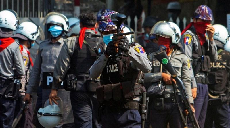 Myanmar Berdarah, 18 Demonstran Dilaporkan Tewas