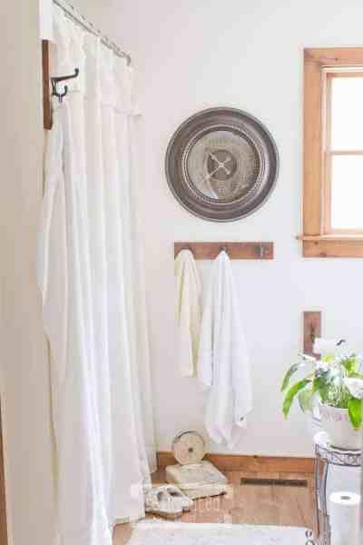 Easy Drop Cloth Shower Curtain | Farmhouse Bathroom