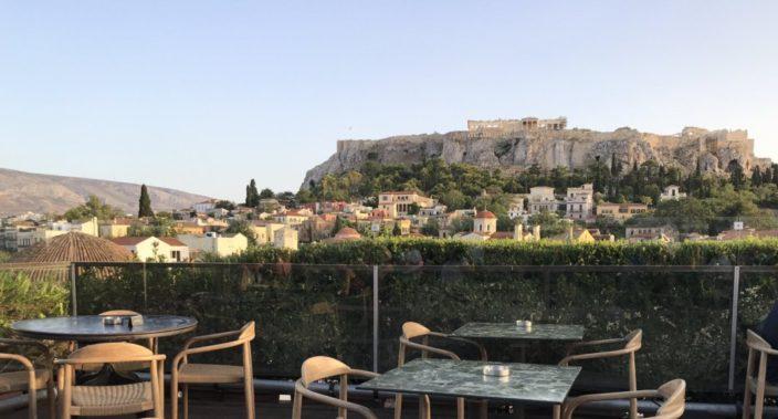 360 cocktailbar van Athene op het Monastiraki-plein