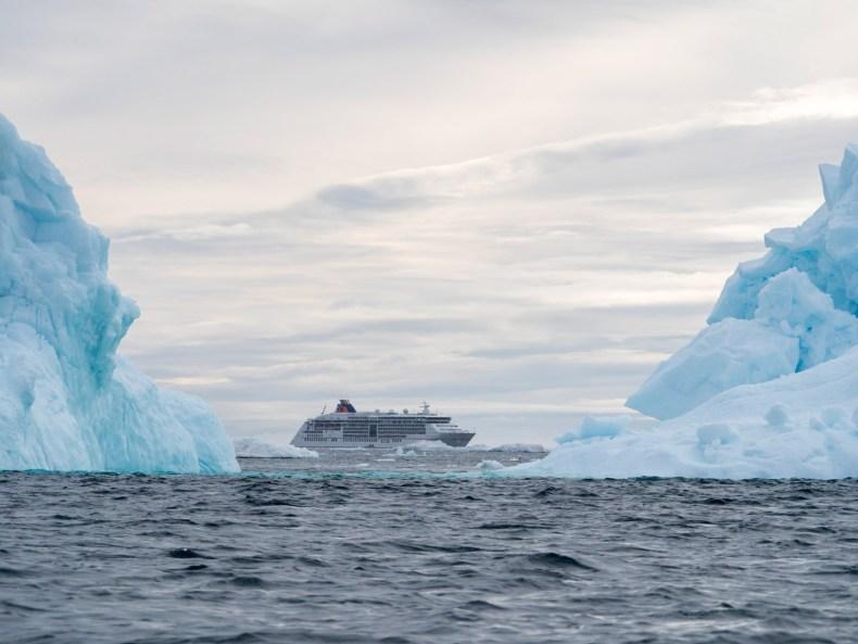 Grönland vom Wasser aus