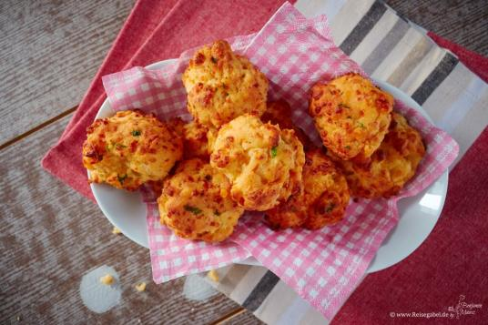 Cheddar-Biscuits-4