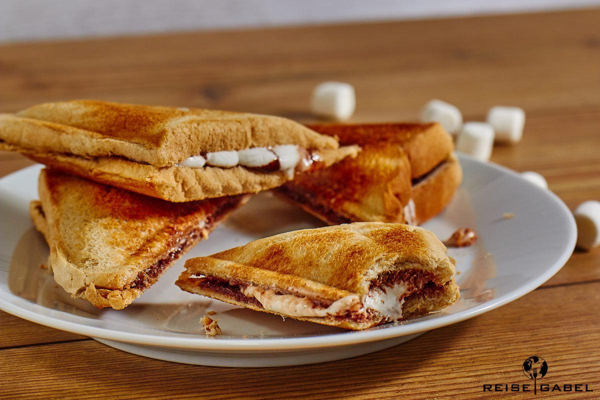Nutella Sandwich mit Marshmallows  Reisegabel