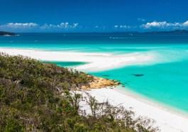 Whitehaven Beach in Queensland, Australien (F: Bigstock / Martin Valigursky)