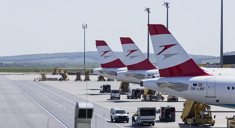 AUA-Flugzeuge in Wien-Schwechat (F: Bigstock / Henrique Araujo)