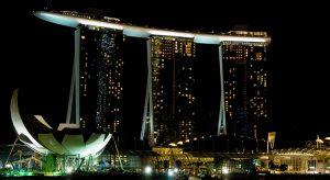 Marina Bay Sands In Singapur (Bigstock / epixx)