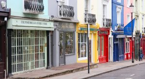 Portobelle Road in Notting Hill, London (F: Bigstock / tupungato)