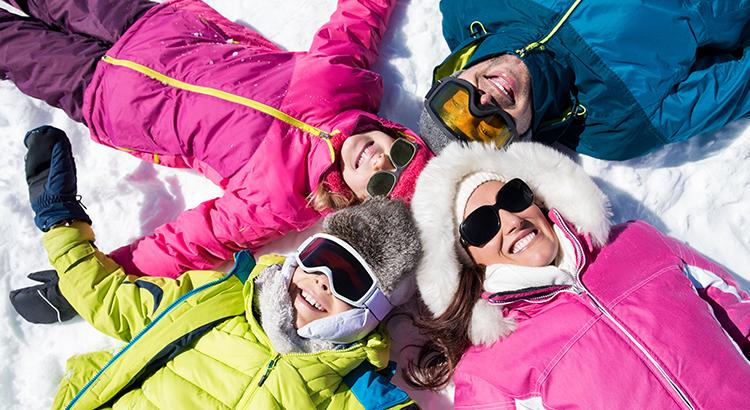 Skifahrer im Schnee (F: Bigstock / Rido81)