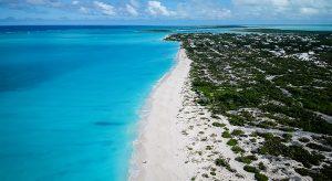 Grace Bay auf Providenciales, Turks & Caicos (F: Bigstock / jpbarcelos)