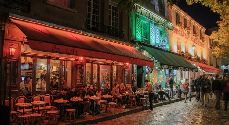 Filmstadt Paris Reisekompass