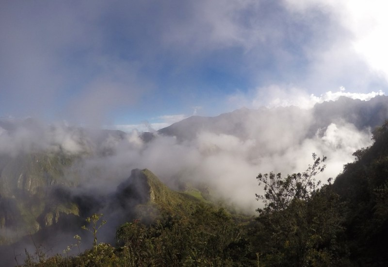 Nebel am Machu Picchu