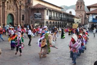 Cusco ist die alte Hauptstadt der Inkas und die Hauptstadt der Provinz. UNESCO, Weltkulturerbe, Machu Picchu, Inka, Quechua, Pizarro, Peru, La Cruz