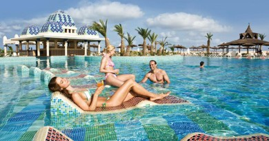 RIU Hotel Karamboa Pool