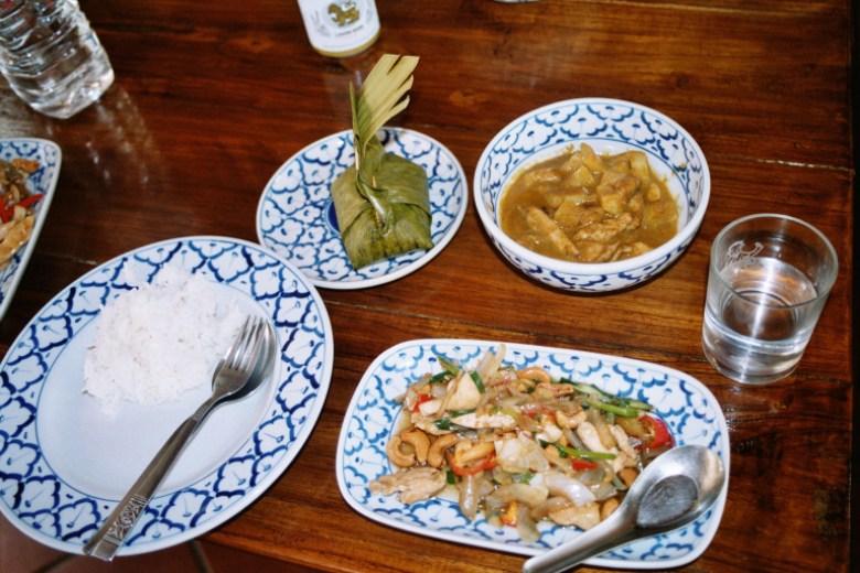 Durchs selbst kochen entsteht ein besonderer Bezug zur einheimischen Küche. I love Thaifood! Damals in Chiang Mai.