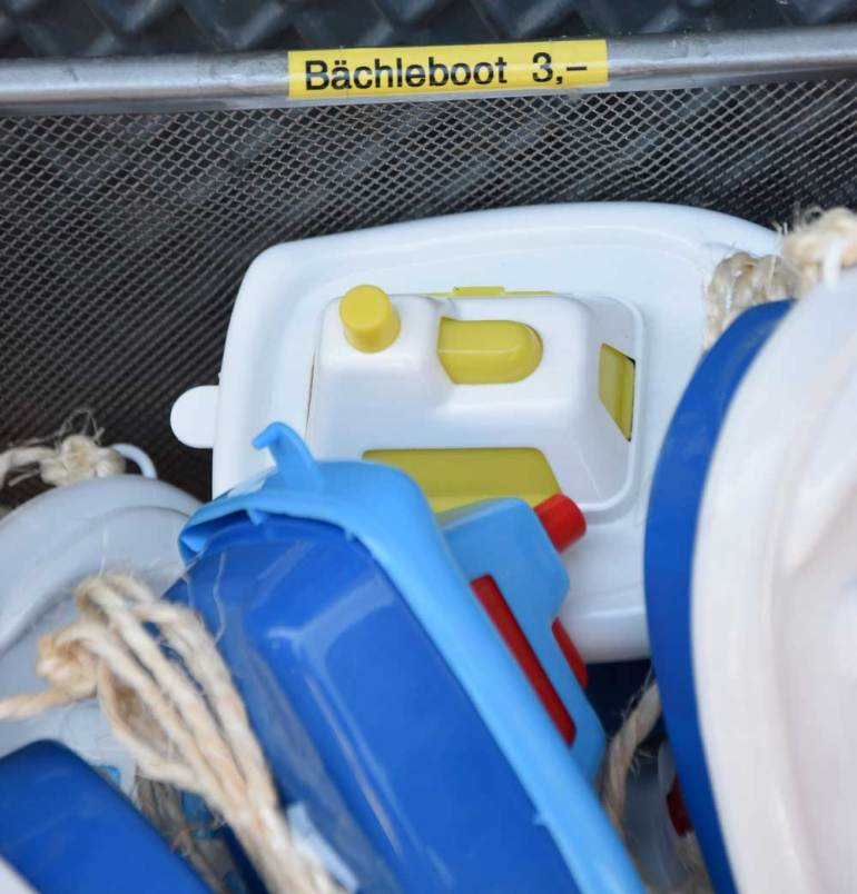 Bächle-Boot