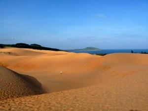 Schöne rote Sanddünen