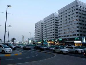 Menschenleeres Abu Dhabi