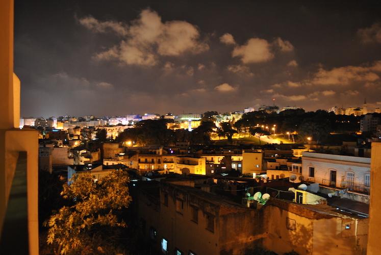 Utsikt fra balkongen om kvelden.