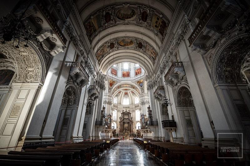 Salzburg Sehenswürdigkeiten - Ein Blick in das Innere des Salzburger Doms