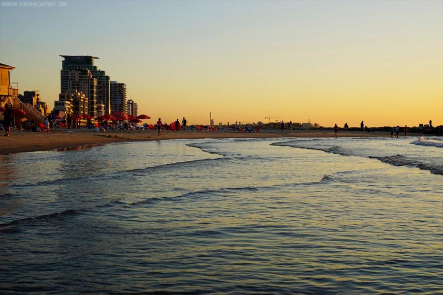 Israel Reisen Reisetipps Tel Aviv Strand Sonnenuntergang