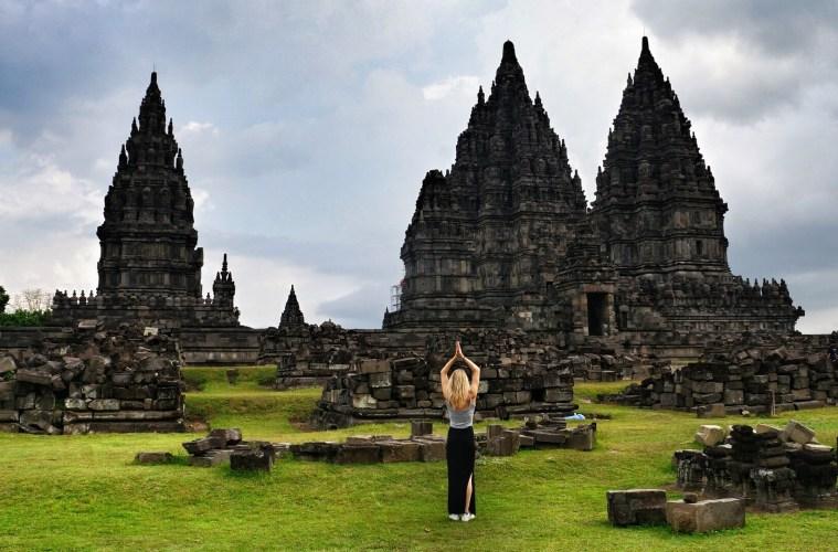 Yoga en reizen: Prambanan Indonesië
