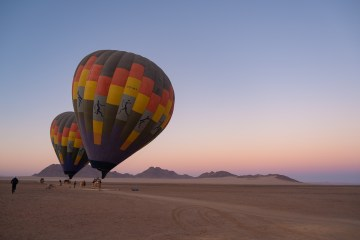 Reistips Namibië: ballonvaart over de Sossusvlei