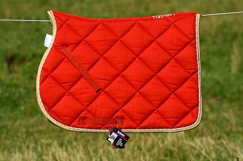 quillted saddle cloth lami cell elegance red happy horse