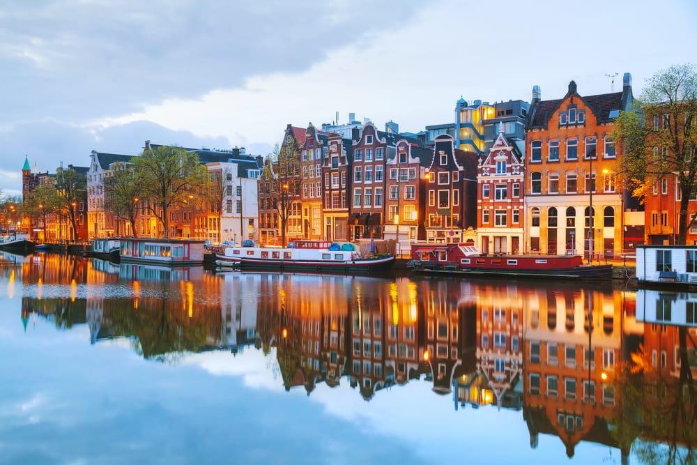 Amstel floden - Amsterdam i Holland