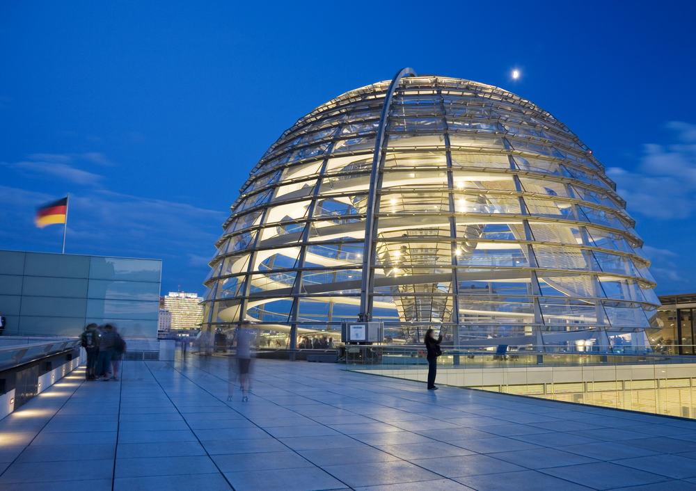 Rigsdagsbygningen - Berlin i Tyskland