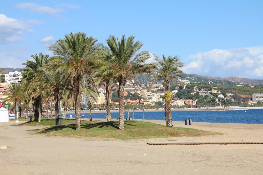 Strand i Malaga i Spanien