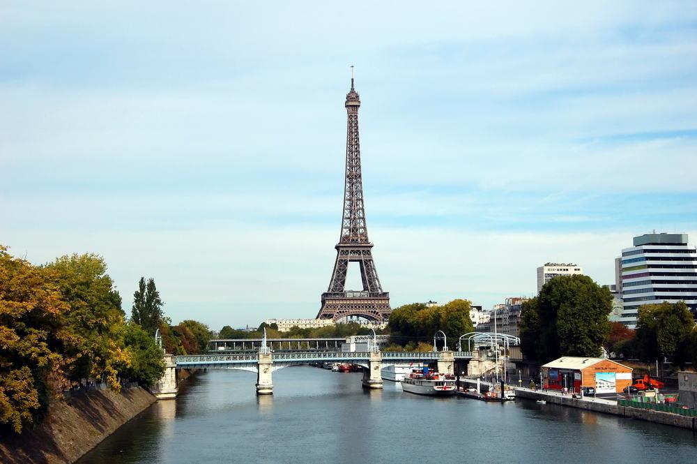 Seinen og Eiffeltårnet - Paris i Frankrig