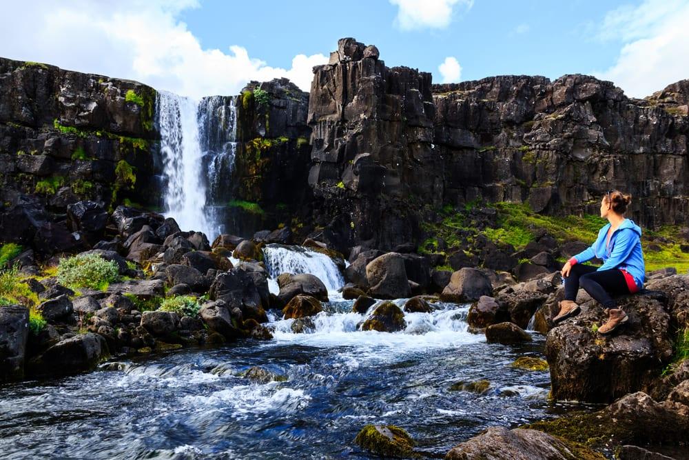Smukt vandfald - Island