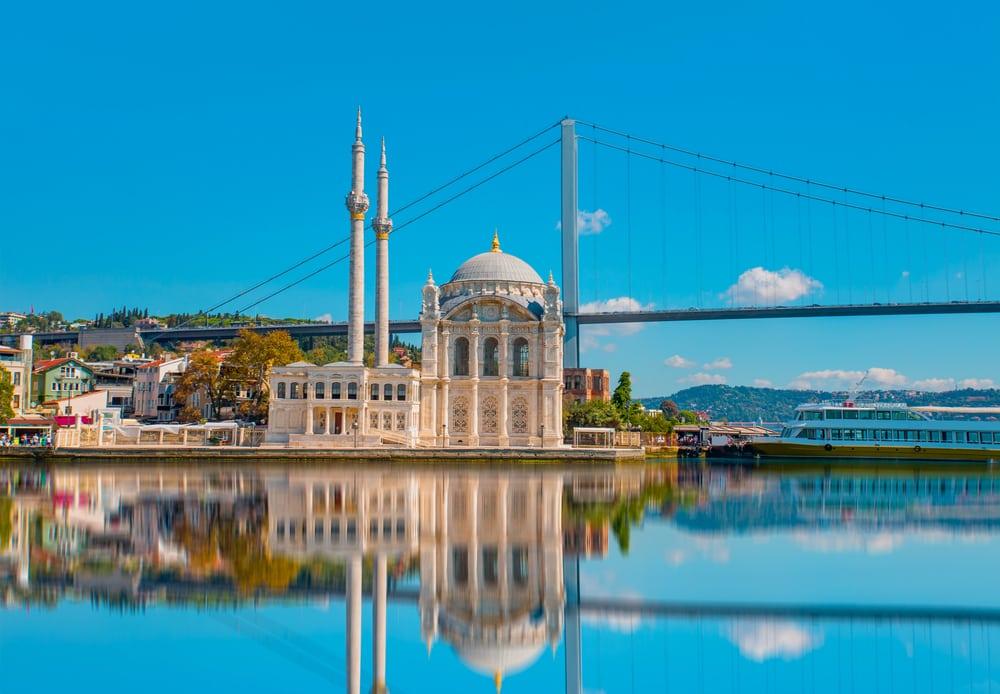 Ortakoy Moskeen - Istanbul i Tyrkiet