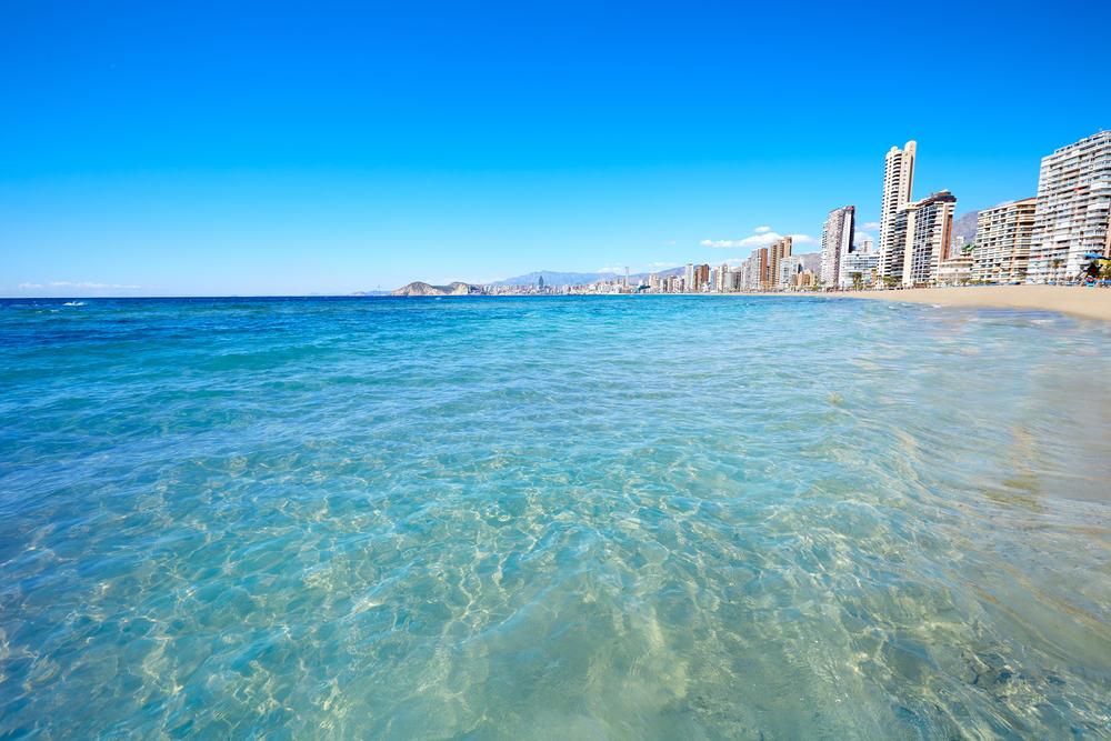 Benidorm Levante stranden - Alicante i Spanien