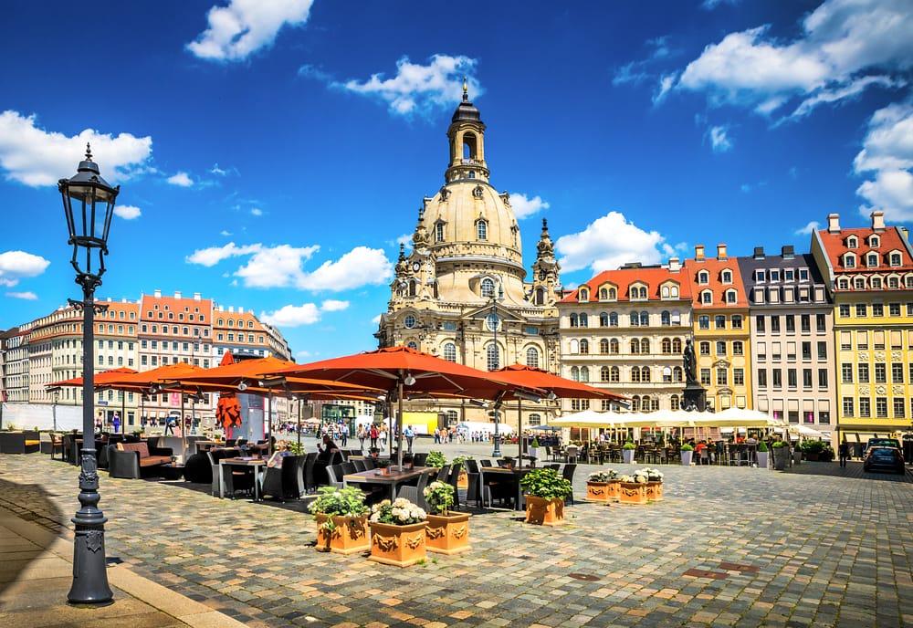 Hyggeligt torv - Dresden i Tyskland