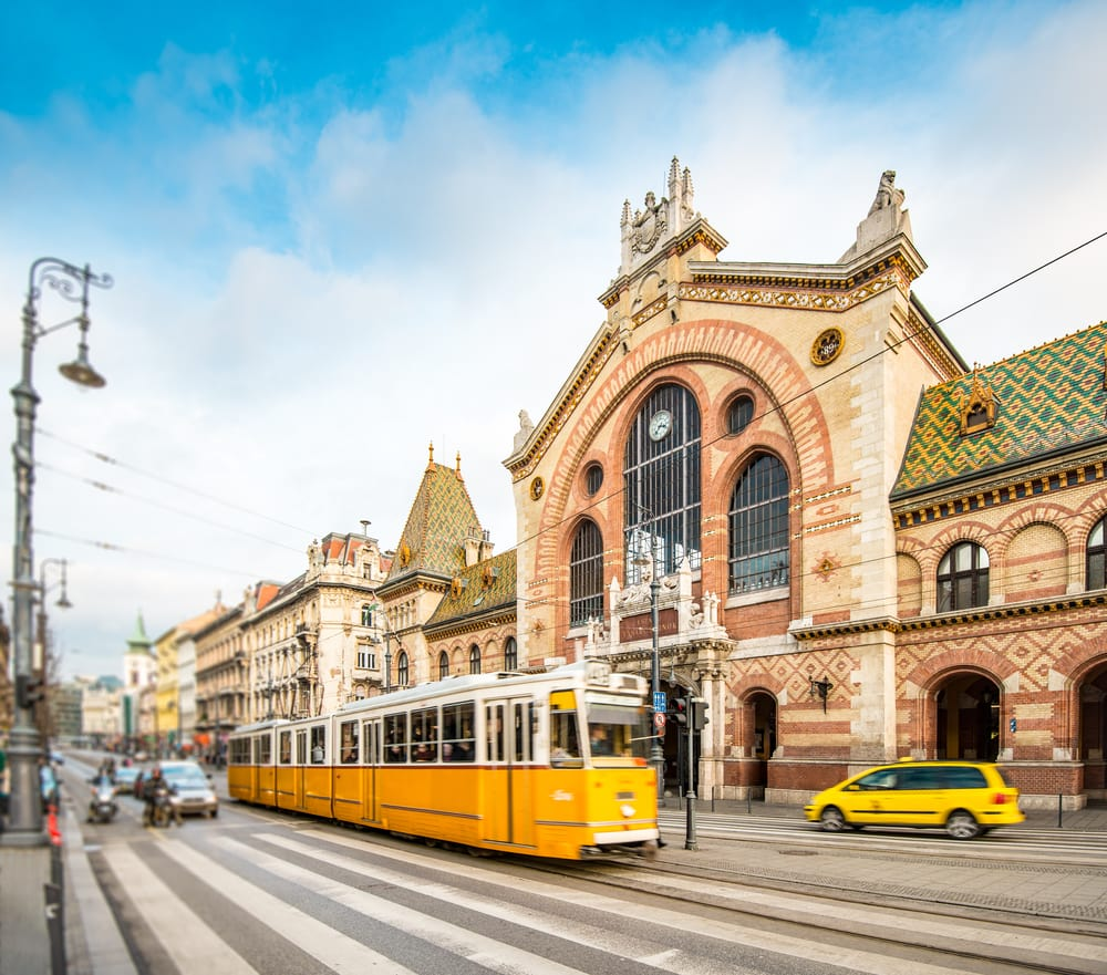 Gul sporvogn - Budapest i Ungarn