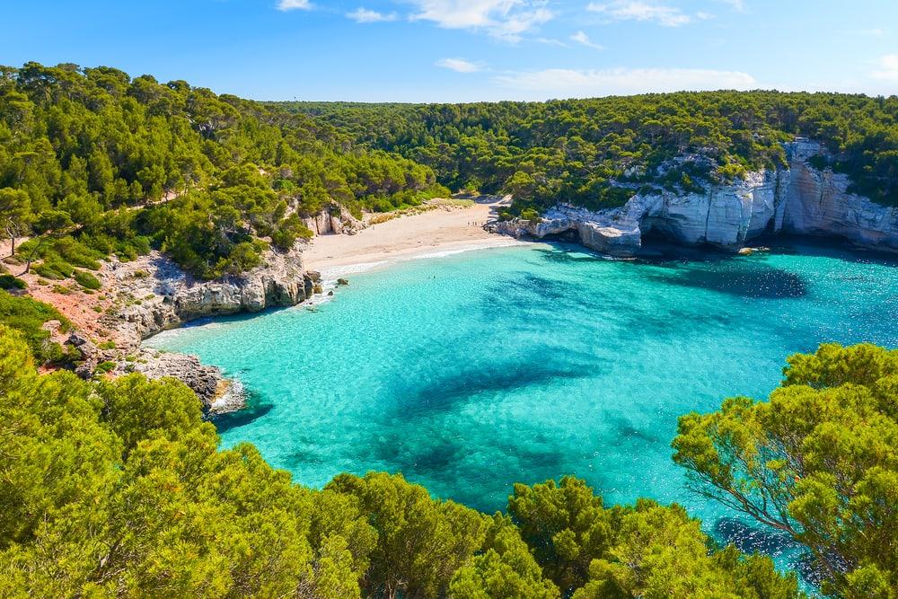 Mitjaneta stranden - Menorca i Spanien
