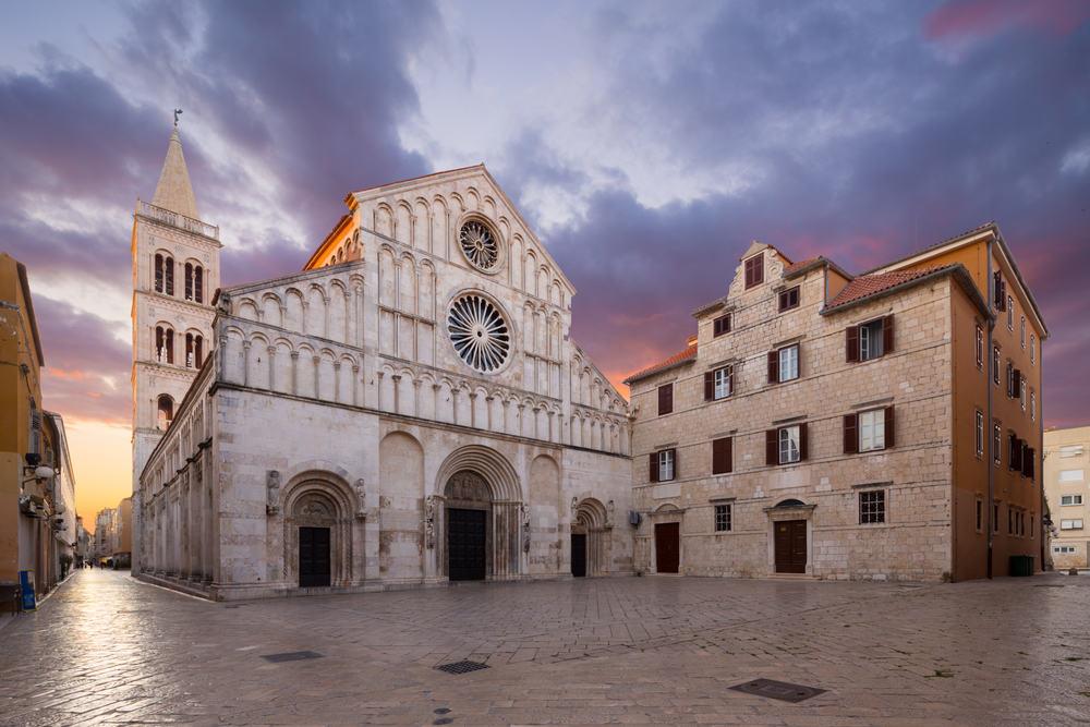 St. Anastasia katedralen - Zadar i Kroatien