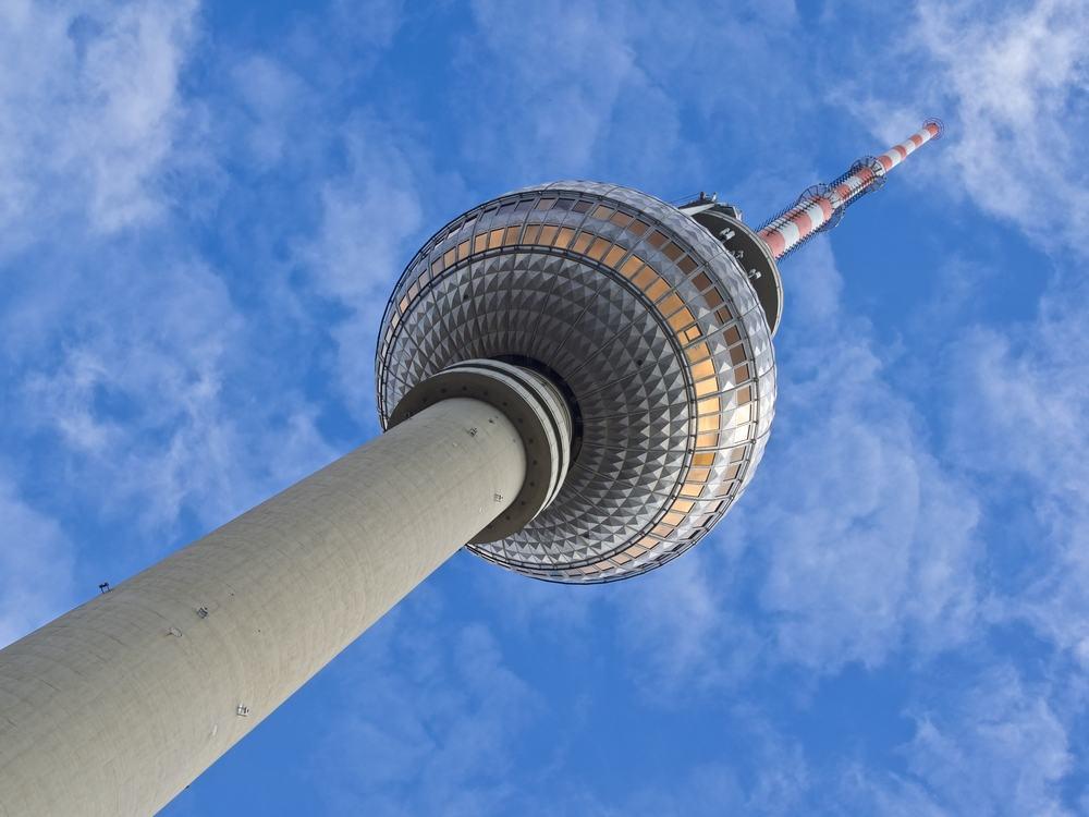 TV tårnet på Alexanderplatz - Berlin i Tyskland