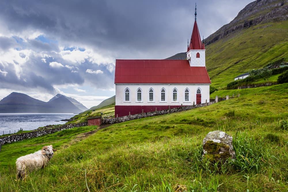 Kirke på Færøerne