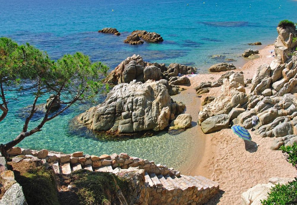 Strand nær Lloret de Mar - Costa Brava i Spanien