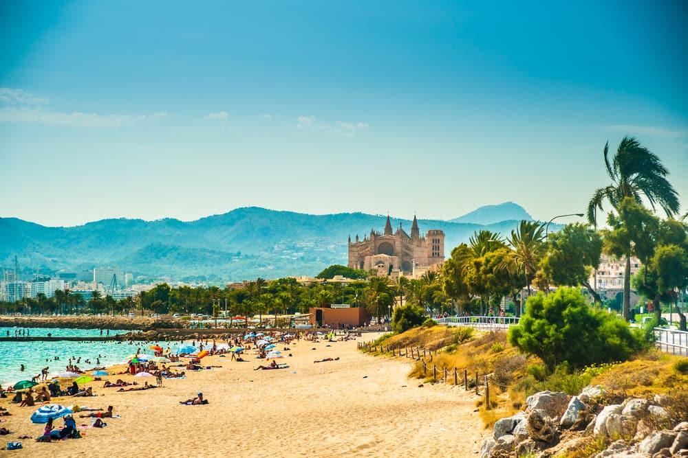 Strand i Palma de Mallorca - Mallorca i Spanien